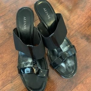 Black Alfani Wedge